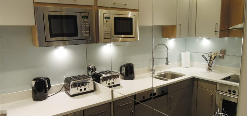 Dublin Interior Designers MiD present: 90's KITCHEN GETS FRESH PERSPECTIVE (BEFORE & AFTER)