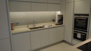 contemporary kitchen, miminalist kitchen